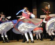 Felhívás a XIV. Kőketánc énekes népi játék és néptáncvetélkedőre