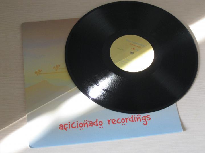 Manchesterben jelent meg San Laurentino legújabb lemeze